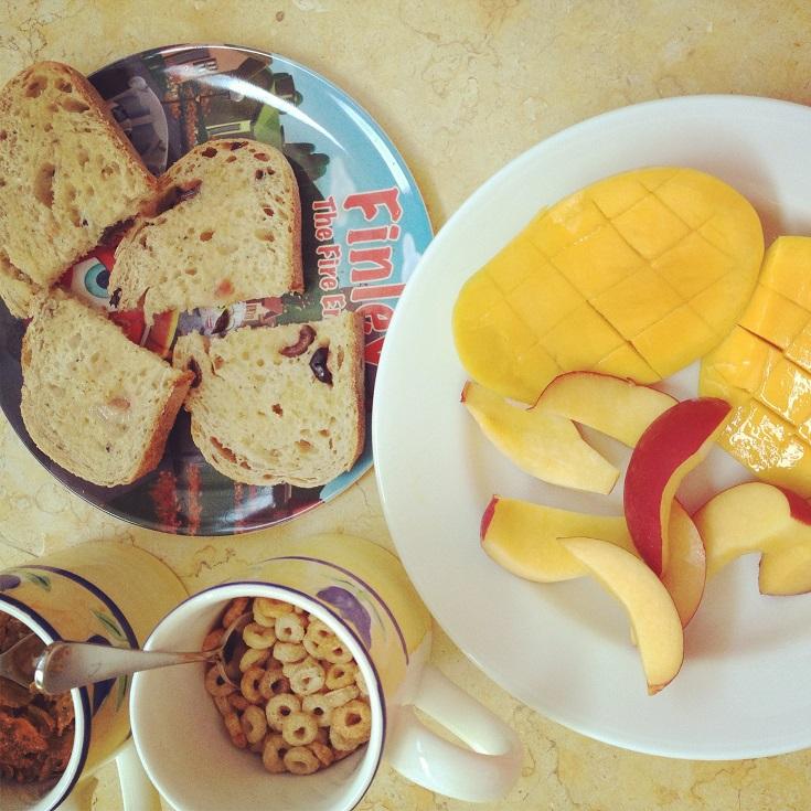 Mia's quick and easy breakfast