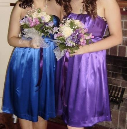 Young Women Donating Formal Dresses To Those Affected By Nsw Bushfires