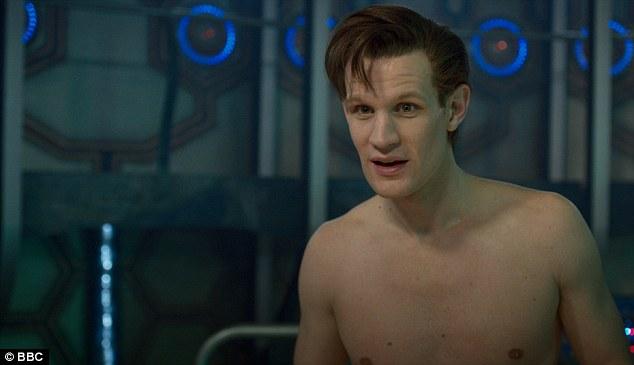 Doctor Whos Matt Smith strips naked in final episode as