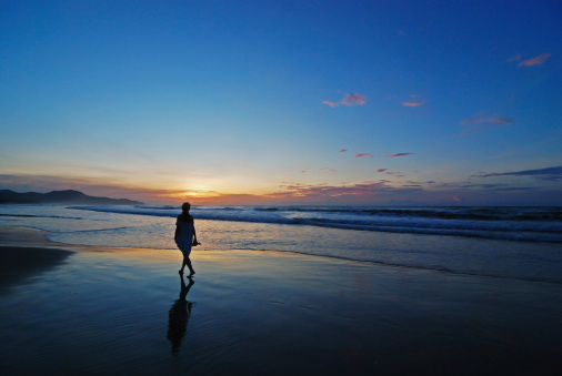 travelling alone tips